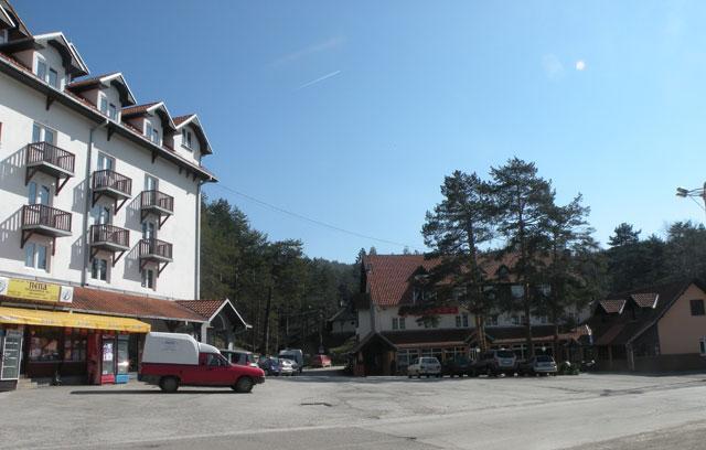 hotels Divcibare